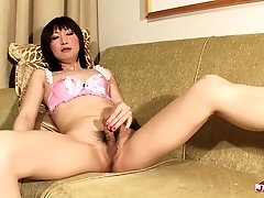 Hinata Kanan is just fucking cute it is amazing that this beautiful transgirl will get naughty for us. She has a great body, natural tits, nice ass an